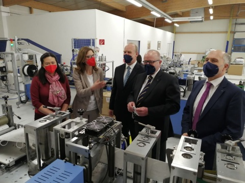 FFP2-Masken: Produkt aus Eichelhardt als erstes in Rheinland-Pfalz zertifiziert