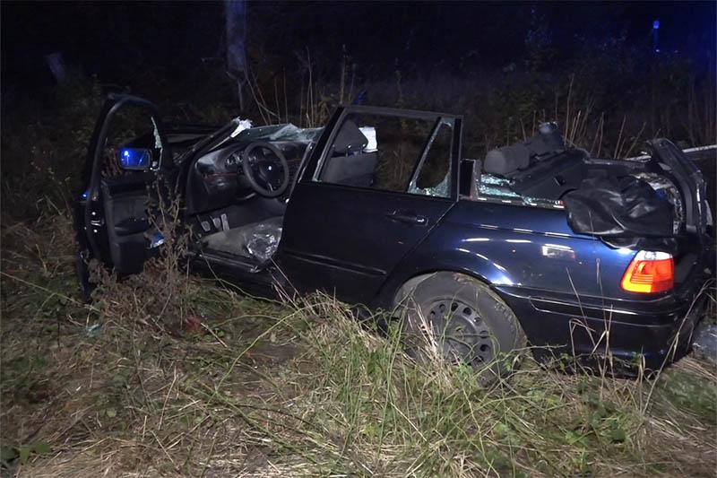 Junger BMW-Fahrer rast über Stopp-Schild – Unfall mit drei Schwerverletzten