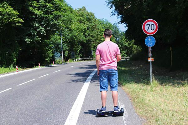 Hoverboard darf nicht im öffentlichen Bereich gefahren werden