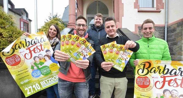 Freuen sich auf das 36. Barbarafest in Betzdorf (von links): Janine Horczyk, Christoph Weller, Christian Greb (Hilger Events), Benjamin Geldsetzer und Denis Hilger. Foto: (tt)