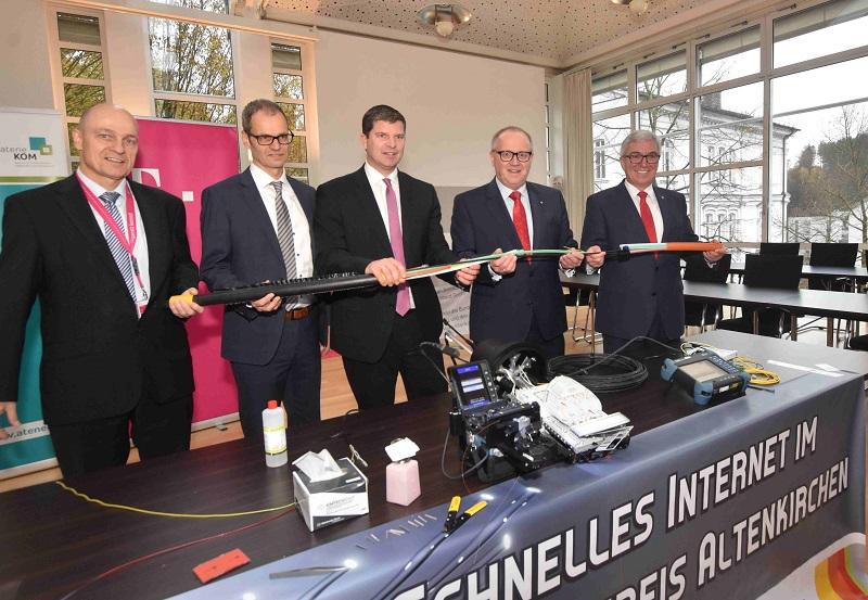 Internet im Kreis Altenkirchen ist ein Stück schneller geworden - AK-Kurier - Internetzeitung für den Kreis Altenkirchen