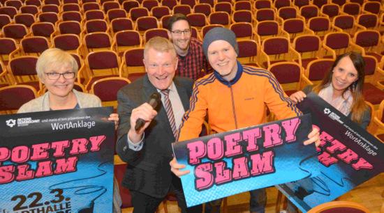 Ein Wechselbad der Gef�hle: Poetry Slam �WortAnklage� in der Stadthalle Betzdorf