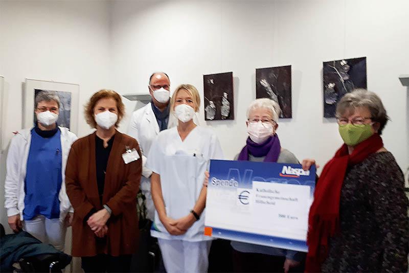 Katholische Frauengemeinschaft Hillscheid spendet für Dernbacher Krankenhaus