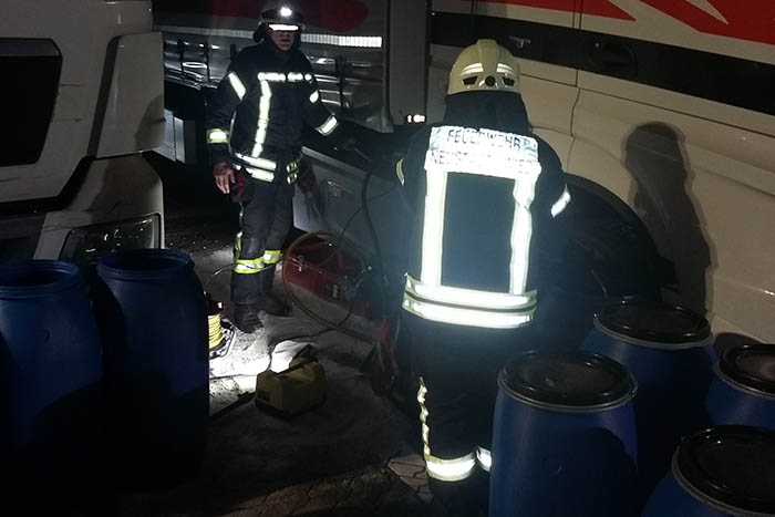 Zwei Einsätze der Feuerwehr Neustadt auf Rastplatz Fernthal