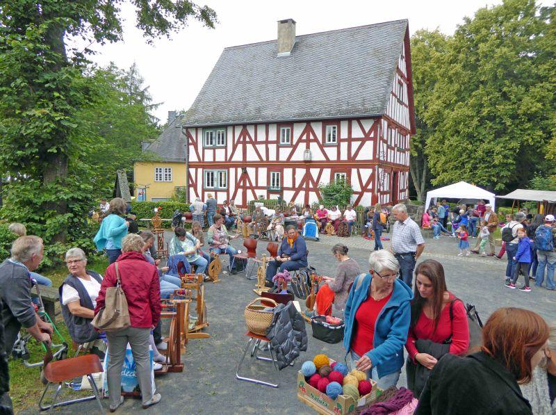 Flachstag im Landschaftsmuseum Hachenburg