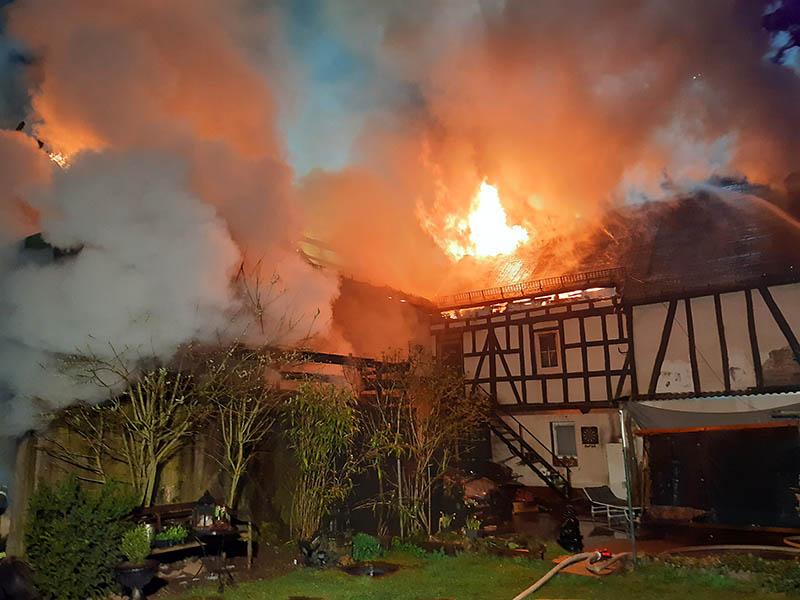 Feuerwehr und Bürgermeister der VG Puderbach sagen Danke