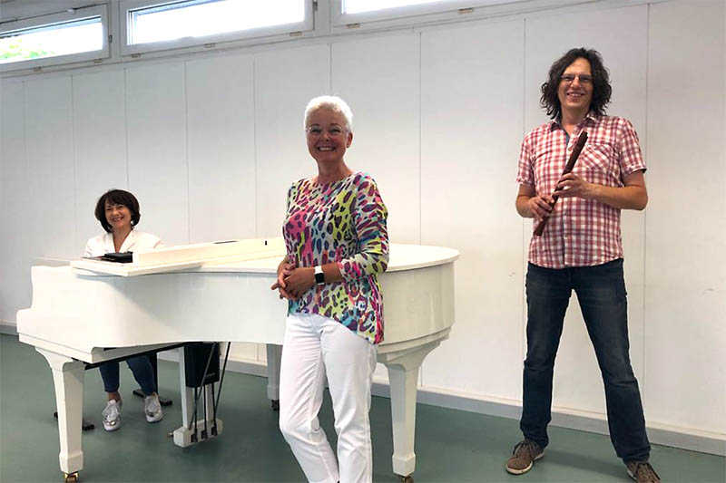 Von links: Antonia Tauber (Klavier, Cembalo), Christa Berger (Gesang) und Thorsten Greis (Blockflöte). Foto: Privat