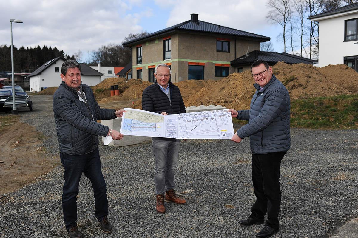 Rellensiefen: Wasseranschluss für 16 weitere Bauplätze im zweiten Bauabschnitt