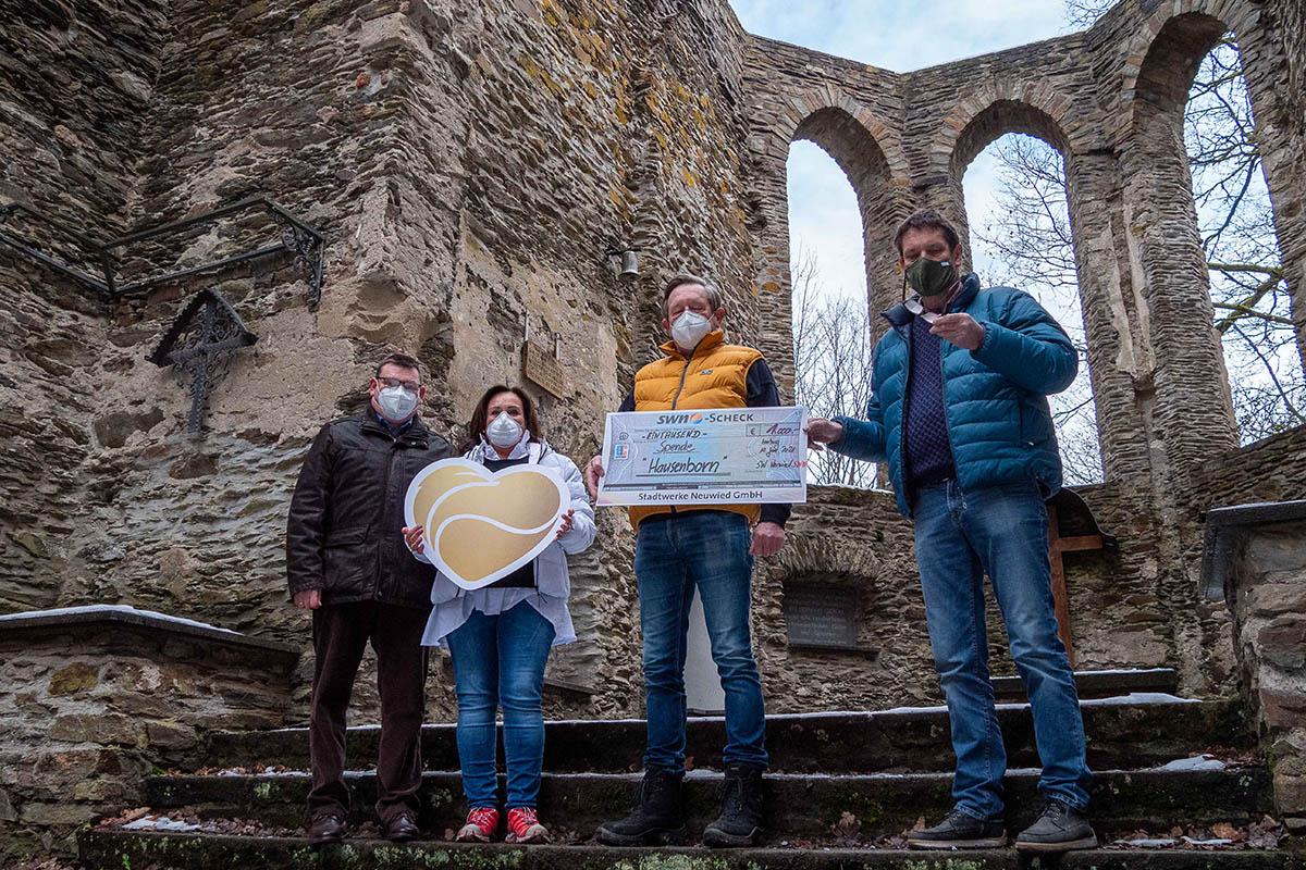 SWN spenden 1000 Euro für Wallfahrtskapelle Hausenborn