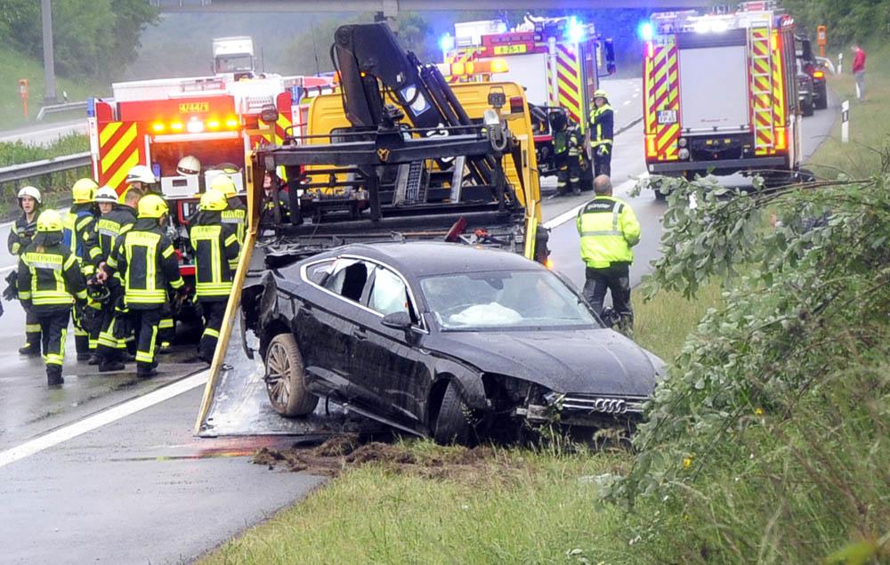 Zu schnell auf A3 unterwegs – Unfall mit drei Verletzten