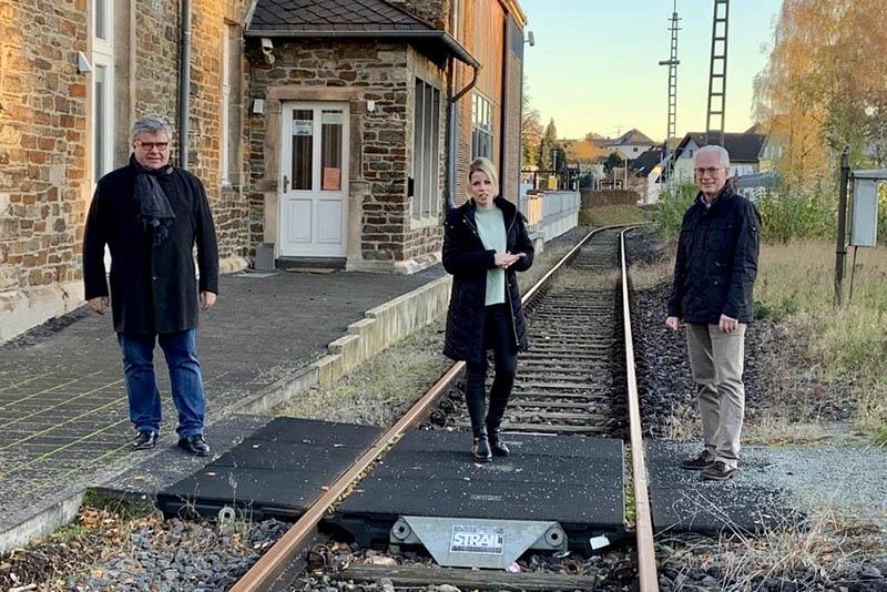 Strecke der Holzbachtalbahn wird derzeit saniert