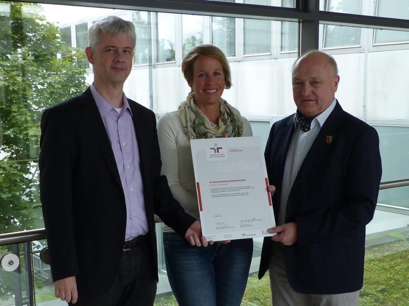"""Altenkirchen erneuert Zertifikat zum """"audit berufundfamilie"""""""