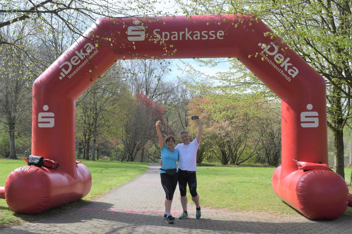 """Beim """"WoKiMen""""-Spendenlauf zugunsten der Altenkirchener Tafel waren viele begeisterte Sportler am Start. Fotos: Wolfgang Rabsch"""