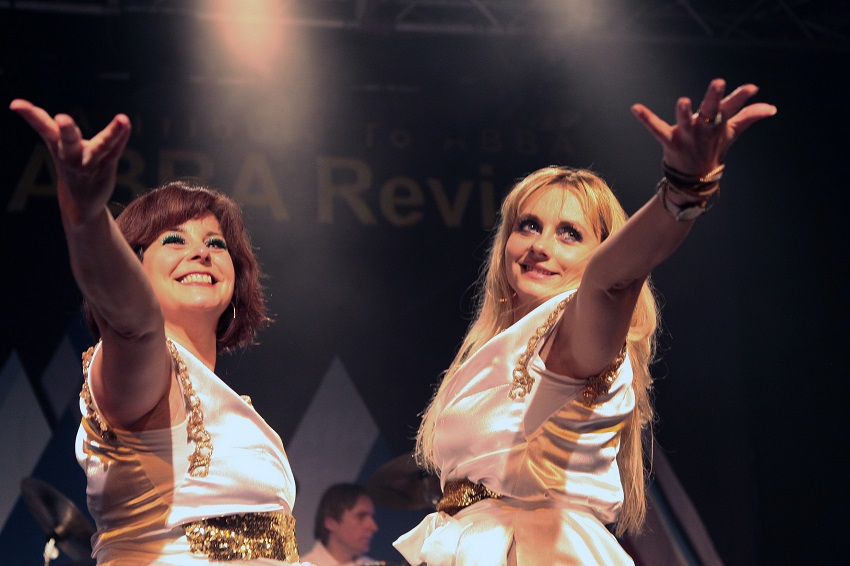"""Waterloo – The ABBA Show"" kommt in die Stadthalle Betzdorf"