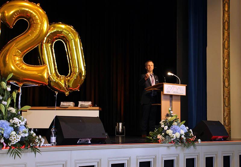 Besondere Verabschiedung der Abiturientia 2020 im Kursaal
