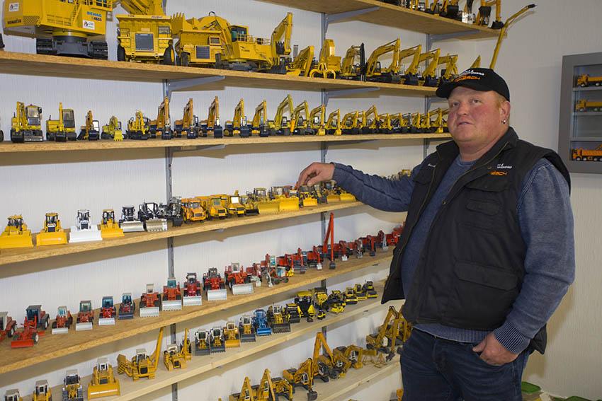 Marc Abresch hat ein seltenes Hobby – er sammelt Baumaschinen