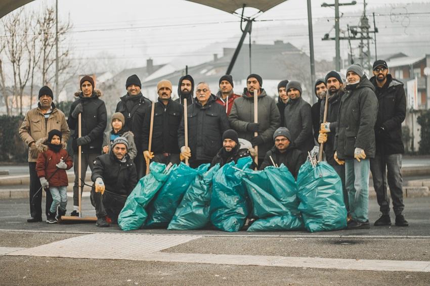 Neujahrsputz in Betzdorf: Muslime beginnen Jahr mit N�chstenliebe