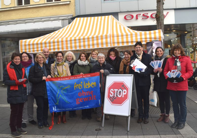 Aktionen am Internationalen Tag gegen Gewalt gegen Frauen