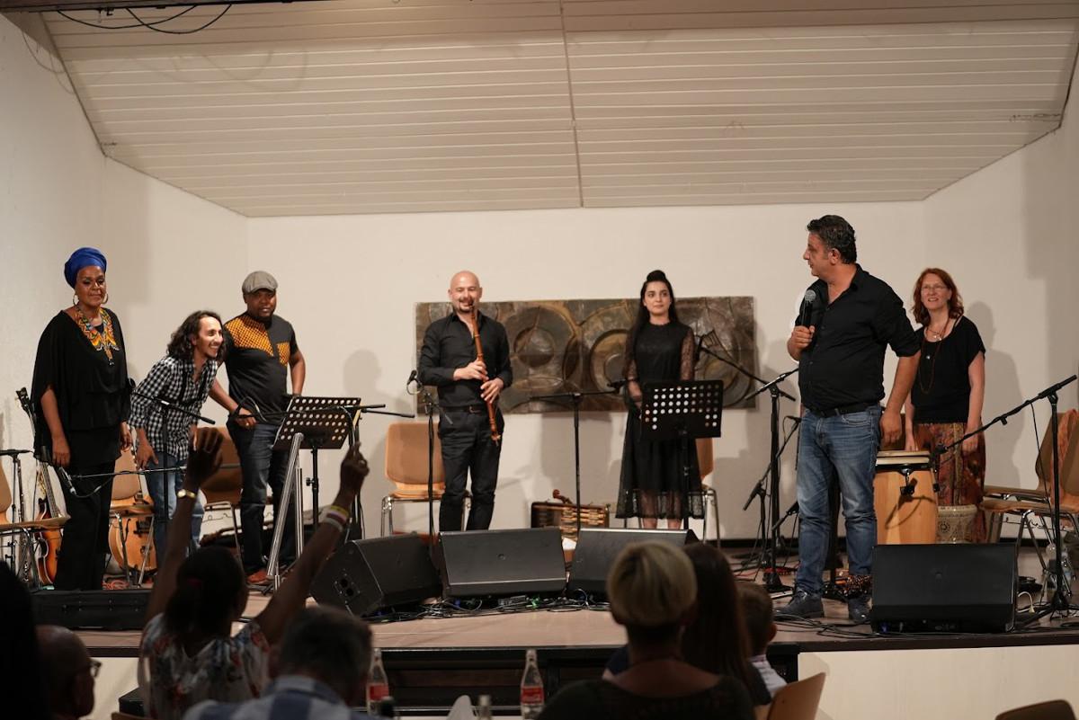 """""""Ein Konzert besonderer Art"""": Mit Musik kulturelle Grenzen überwinden"""