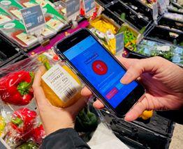"""Gegen Plastikverpackung mit der App """"Replace Plastic"""" vorgehen. Foto: Initiative Hachenburg Plastikfrei"""