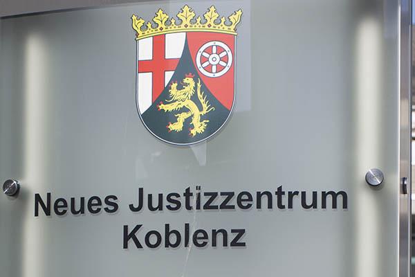 """Hachenburger Bürgermeister durfte sich kritisch zur """"Fassfabrik"""" äußern"""