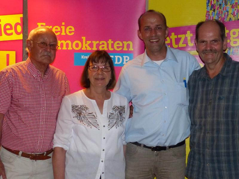 Asbacher FDP wählt Christa Ewenz an die Spitze