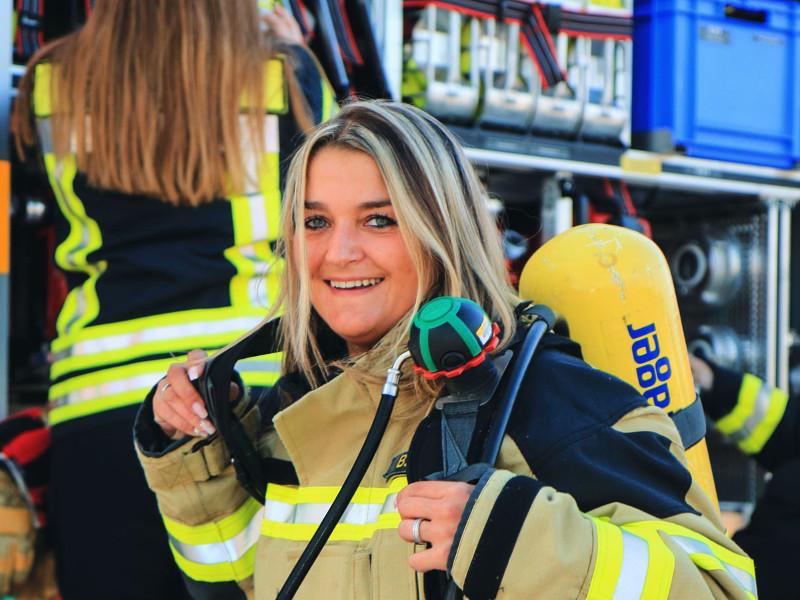 """""""Mehr Frauen in der Feuerwehr"""": Asbacher starten Kampagne"""