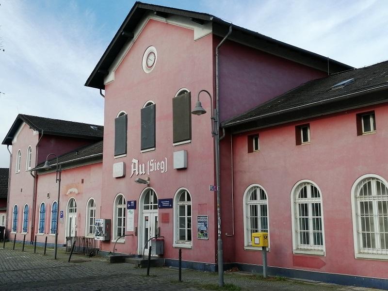 Bahnhof Au: Kauft die Gemeinde Windeck das Gebäude? - AK-Kurier - Internetzeitung für den Kreis Altenkirchen