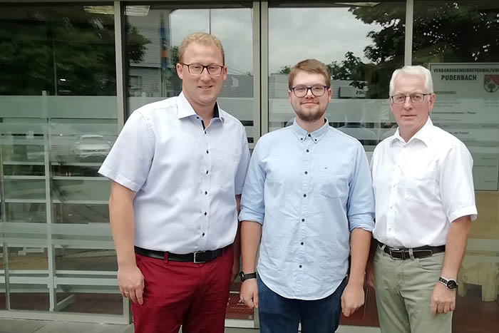 Verbandsgemeinde Puderbach begrüßt neuen Auszubildenden
