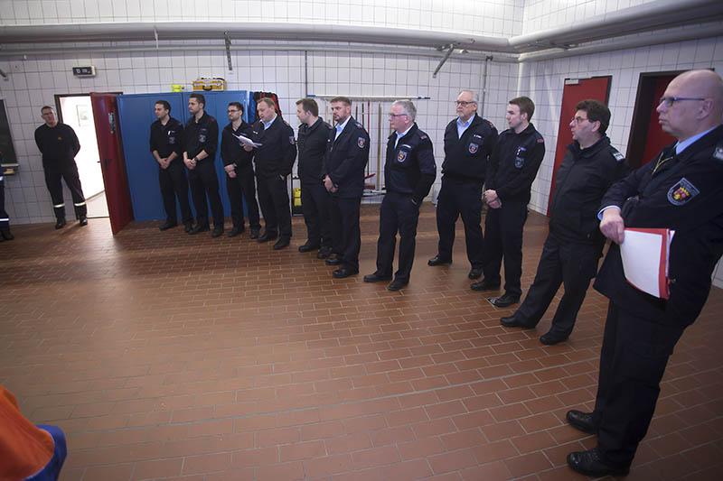 26 Teilnehmer bei Erstausbildung der Feuerwehren Puderbach und Dierdorf