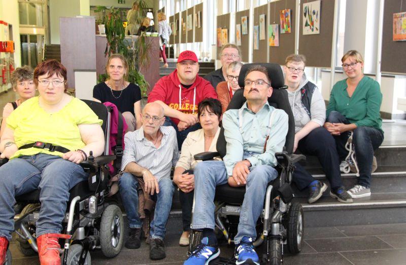 Gemeinnützige Gesellschaft für Behindertenarbeit präsentiert Gemälde