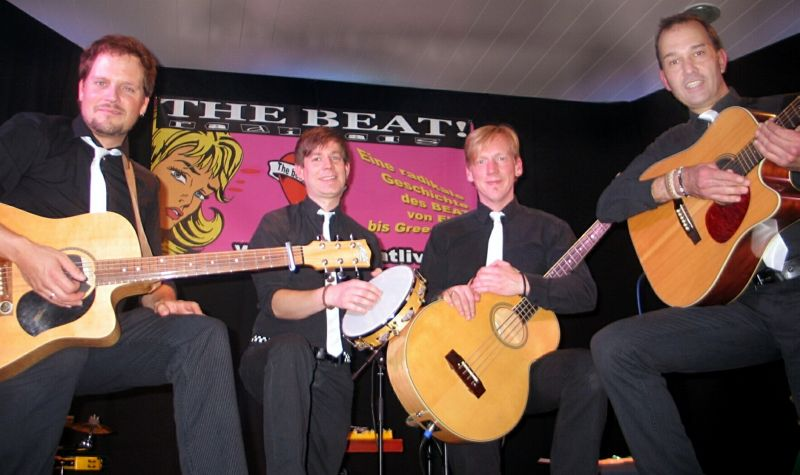 """The Beat Goes On: """"THE BEAT!radicals unplugged"""""""