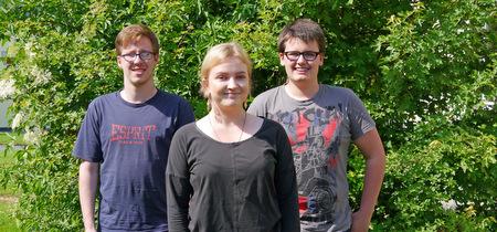 Durch Betriebspraktika im Ausland haben sie Grenzen überwunden und Orientierung gewonnen: (von links) Dominik, Dorothea und Calvin. (Foto: Agentur für Arbeit)