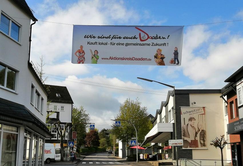 """Kauft lokal"": Aktionskreis Daaden zeigt Flagge"