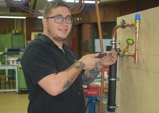 Nico Barczak ist der beste Anlagenmechaniker bei der HwK Koblenz