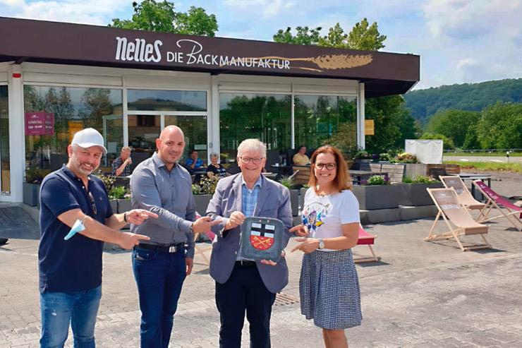 Bäckerei Nelles eröffnet Filiale direkt an der B 42 in Unkel