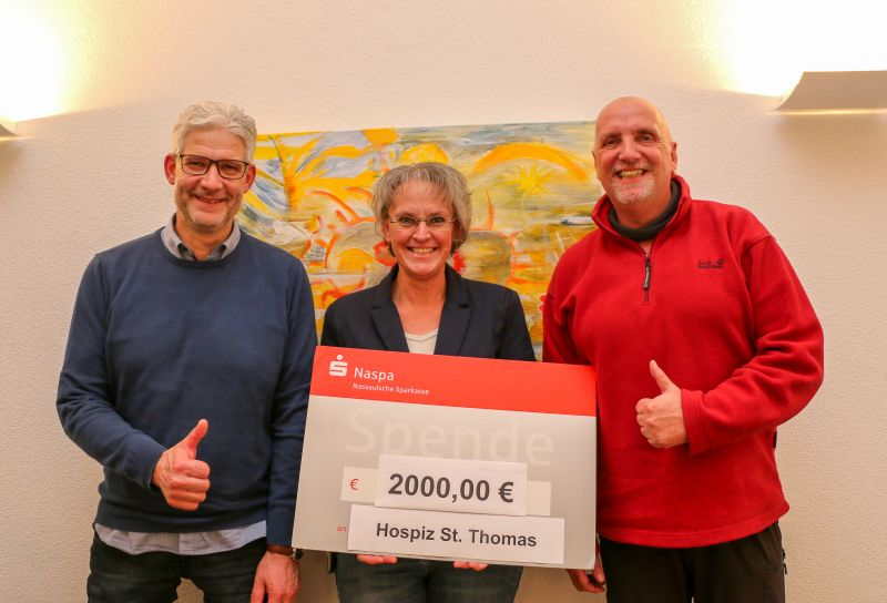 2.000 Euro Spende aus Benefizkonzert für Hospiz St. Thomas
