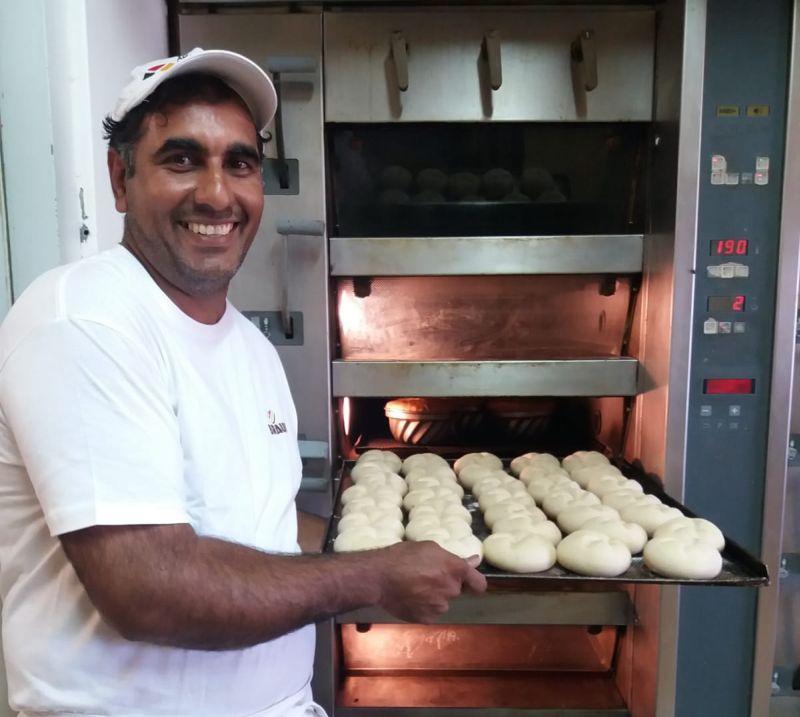 Bäcker-Ali bei der Arbeit. Foto: privat