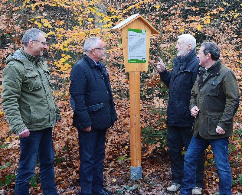 Westerwald-Verein hat Informationsschilder ausgetauscht