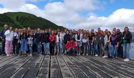 Für 42 Jugendliche und 7 Begleiter ging es nach Schottland. (Foto: VG Betzdorf-Gebhardshain)
