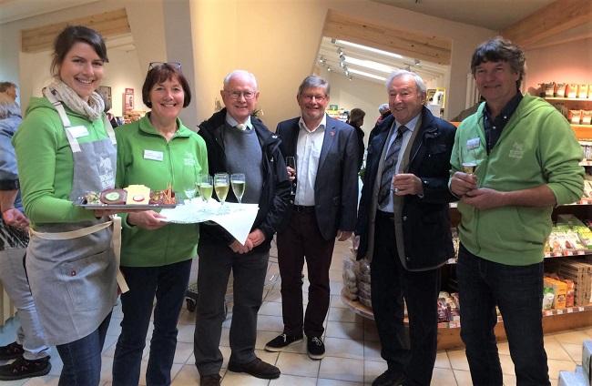 Unser Foto zeigt von links: Caroline Giese,  Anette Mockenhaupt, Klaus Wiesemann, Rainer Düngen, Manfred Maurer und Konrad Mockenhaupt. (Foto: privat)