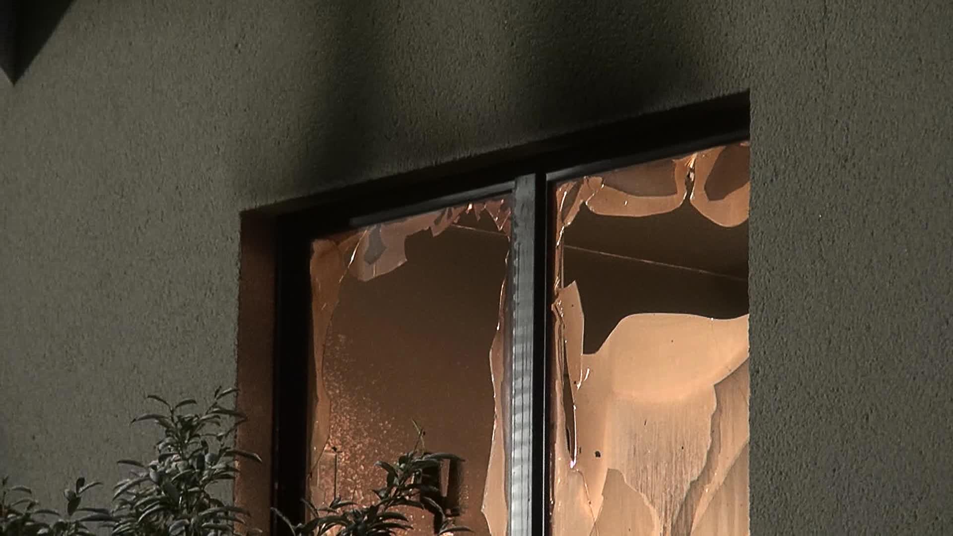 Wohnhausbrand in Selters: 57-J�hriger schwer verletzt