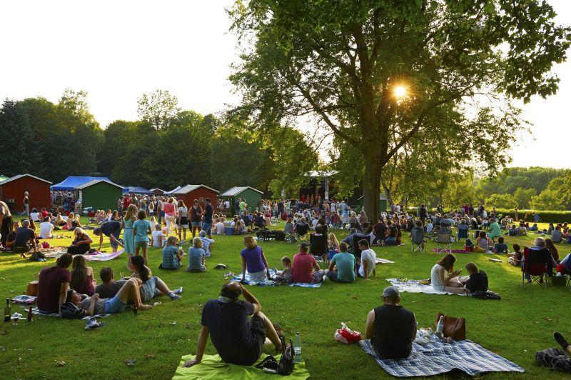 Sommernachtstraum wird wahr: Hachenburger Picknick-Konzerte