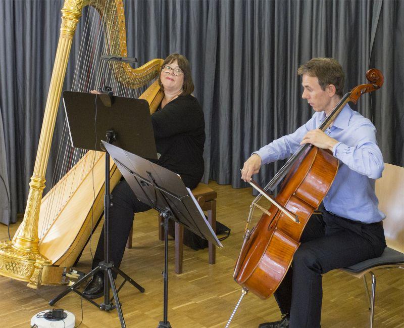 Faszinierend und abwechslungsreich spielten Stephanie Zimmer und Frederik Jäckel im Stadthaus Selters. Foto: Agentur Media Schneider