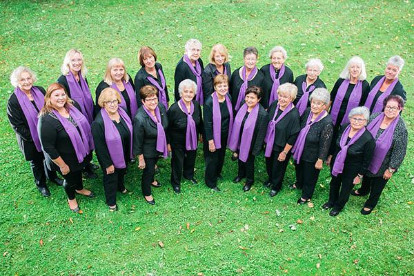 Viele singen seit 60 Jahren in Roßbach mit