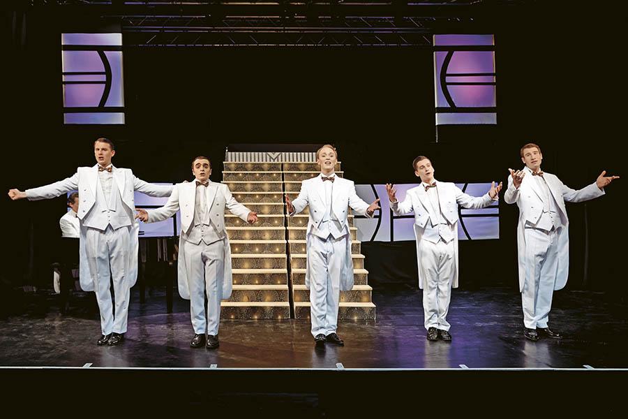 Buntes Theaterfest im Schlosstheater Neuwied