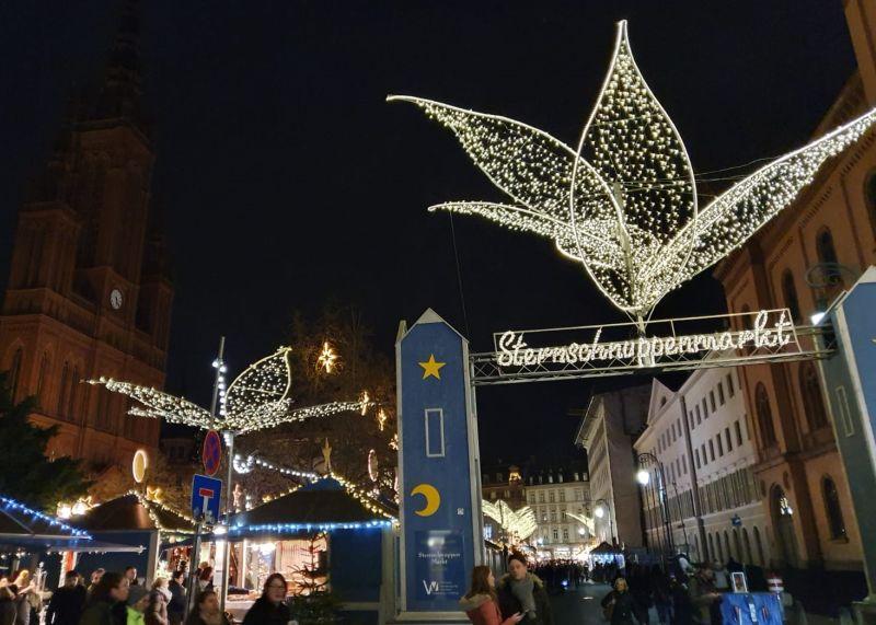 Derwischer Carnevals Verein besucht Sternschnuppenmarkt