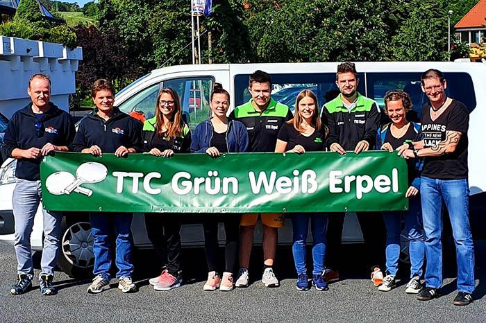 Spieler und Fans des TTC Grün-Weiß Erpel. Foto: Verein