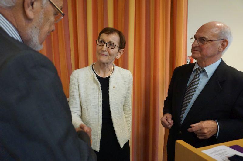 Chefärztin Dr. Ognjenka Popovic verabschiedet und ausgezeichnet