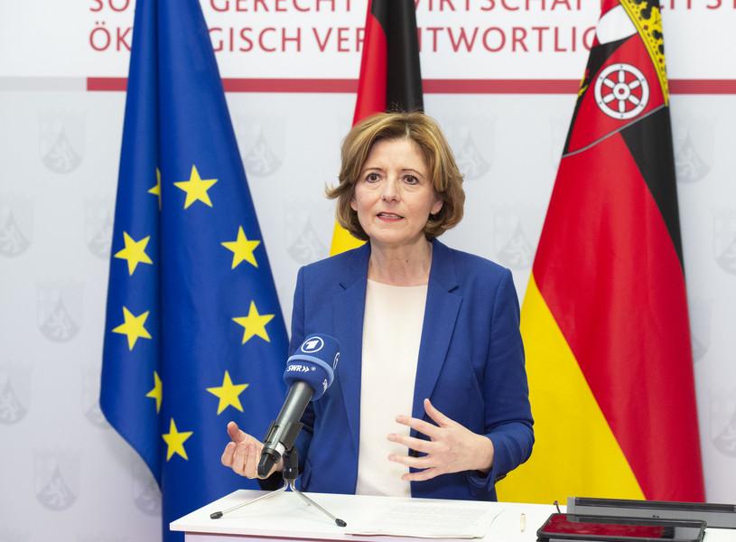 Ministerin Malu Dreyer nimmt zu Bundesbeschl�ssen Stellung